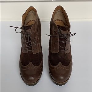 SPERRY Brown Suede Lace-Up Wingtip Ankle Booties